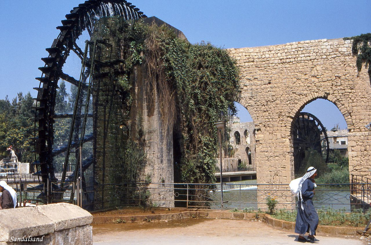 Syria - Hama - 2000 years old waterwheels