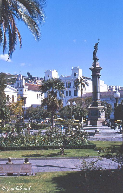 Ecuador - Quito plaza