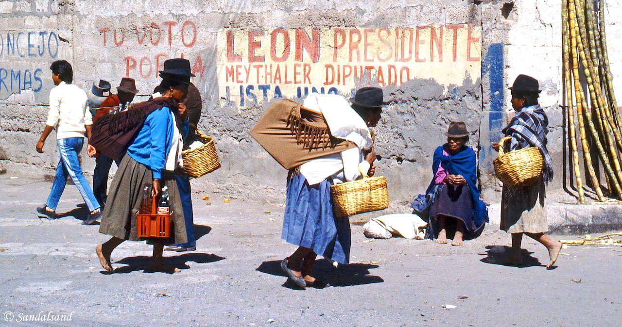 Ecuador - Saquisili - Market day