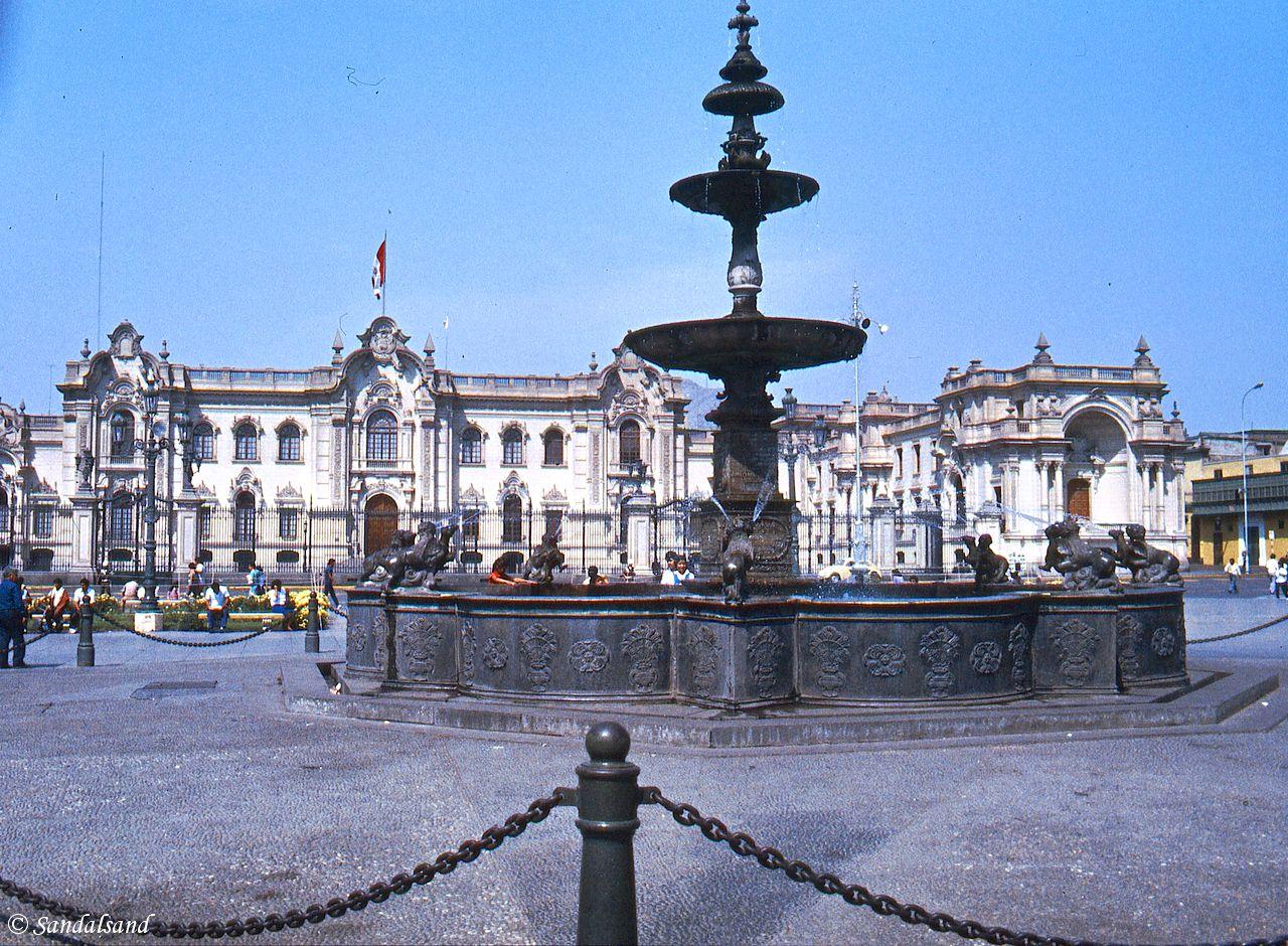 Peru - Lima - Plaza de Armas - Presidential Palace