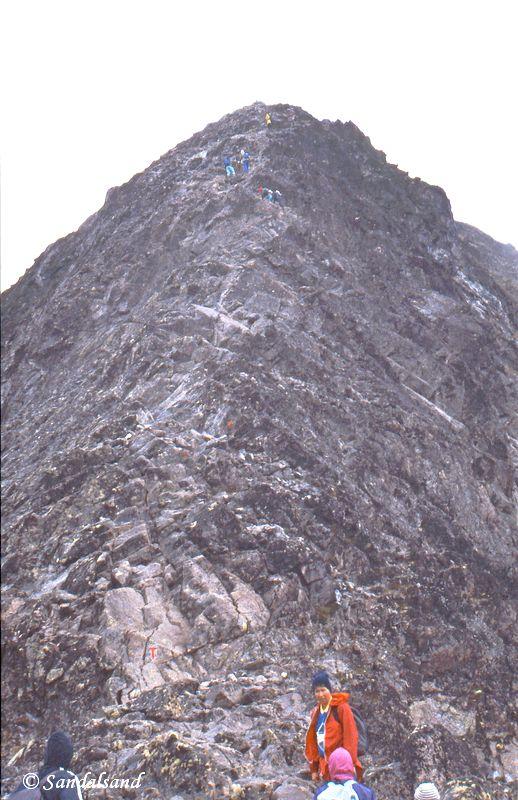 Oppland - Jotunheimen - Besseggen, bratt opp eggen, deler av den