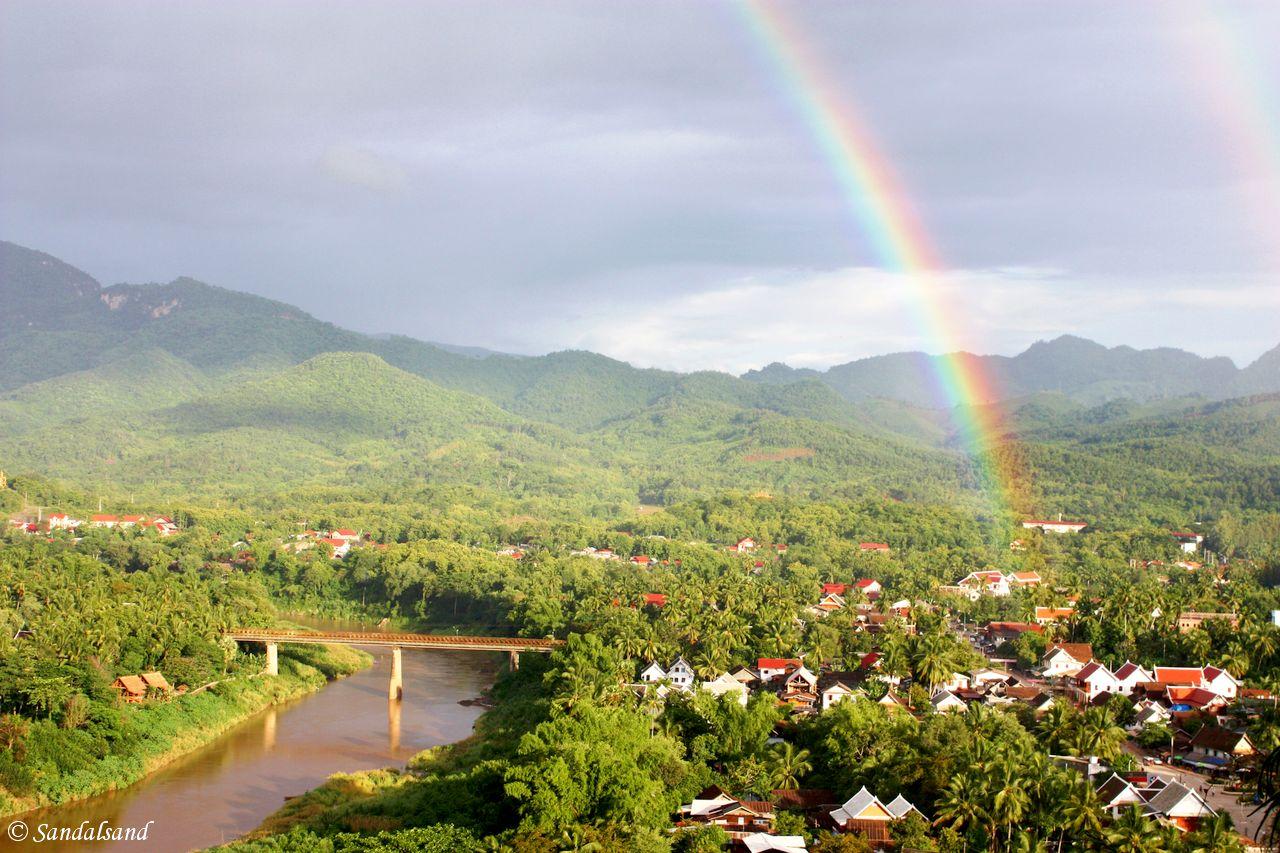 Laos - Luang Prabang - Phu Si mountain