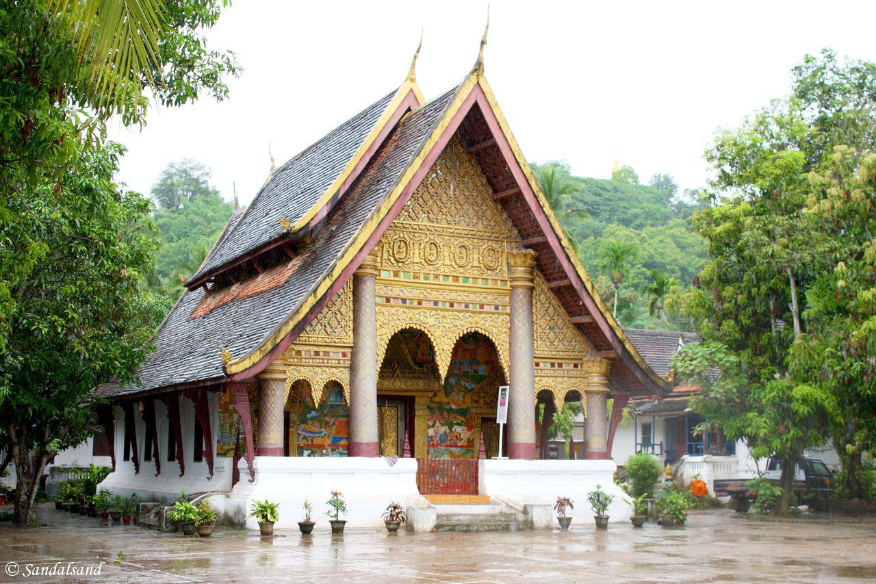 Laos - Luang Prabang - Wat Xieng Muan