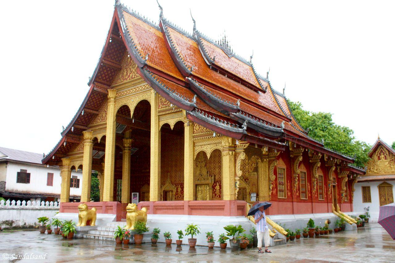 Laos - Luang Prabang - Wat Si Bun Heuang