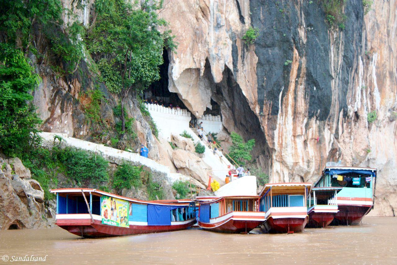 Laos - Luang Prabang - Pak Ou caves