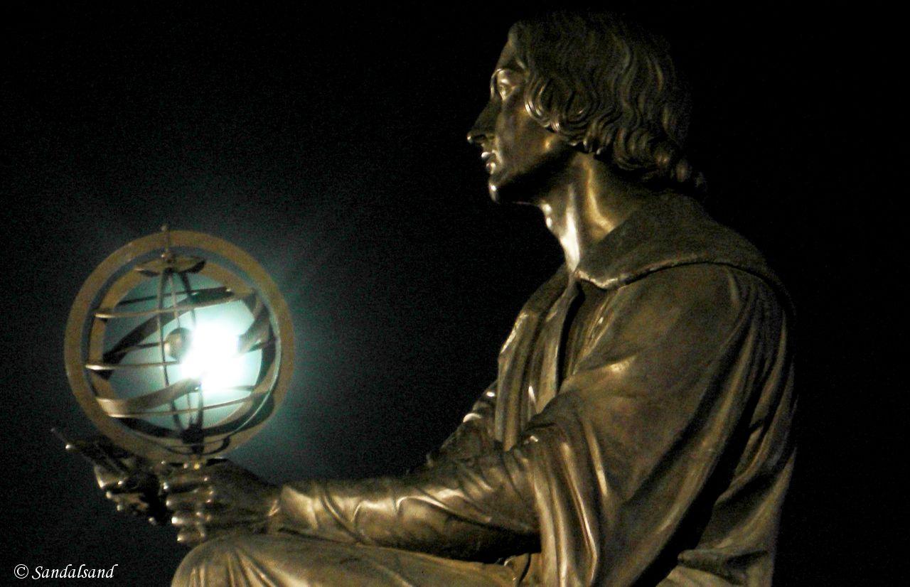 Poland - Warsaw (Warszawa) - The Nicolaus Copernicus Monument