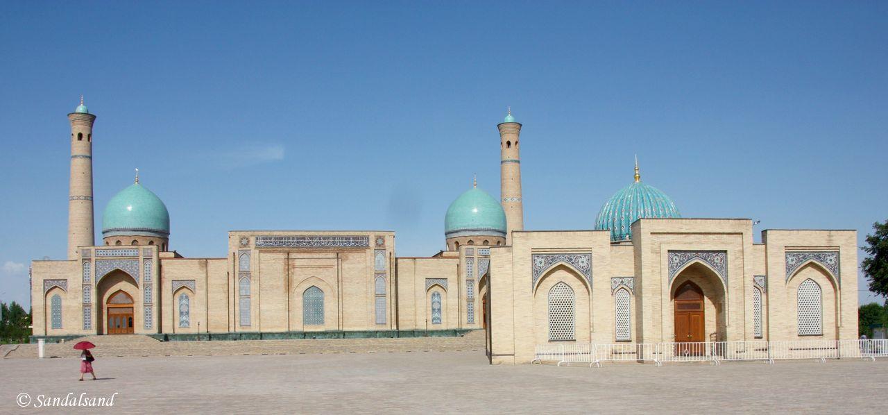 Uzbekistan - Tashkent - Telyashayakh Mosque (Khast Imam Mosque)