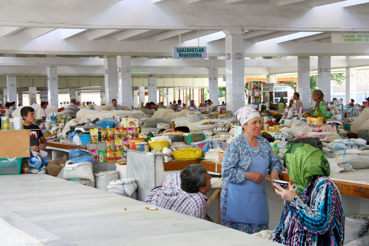 Uzbekistan - Samarkand - Central market bazaar