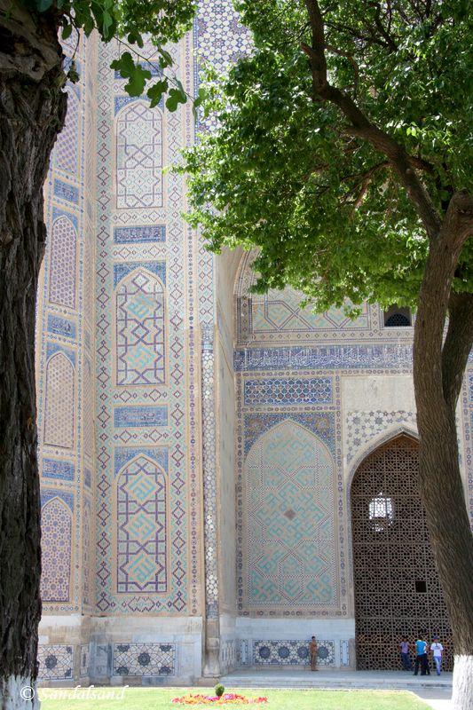Uzbekistan - Samarkand - Bibi-Khanym Mosque