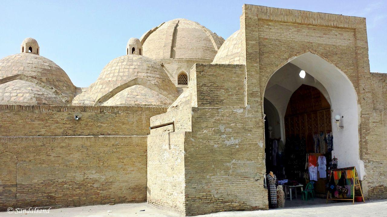 Uzbekistan - Bukhara - Trade dome Tagi Zargaron