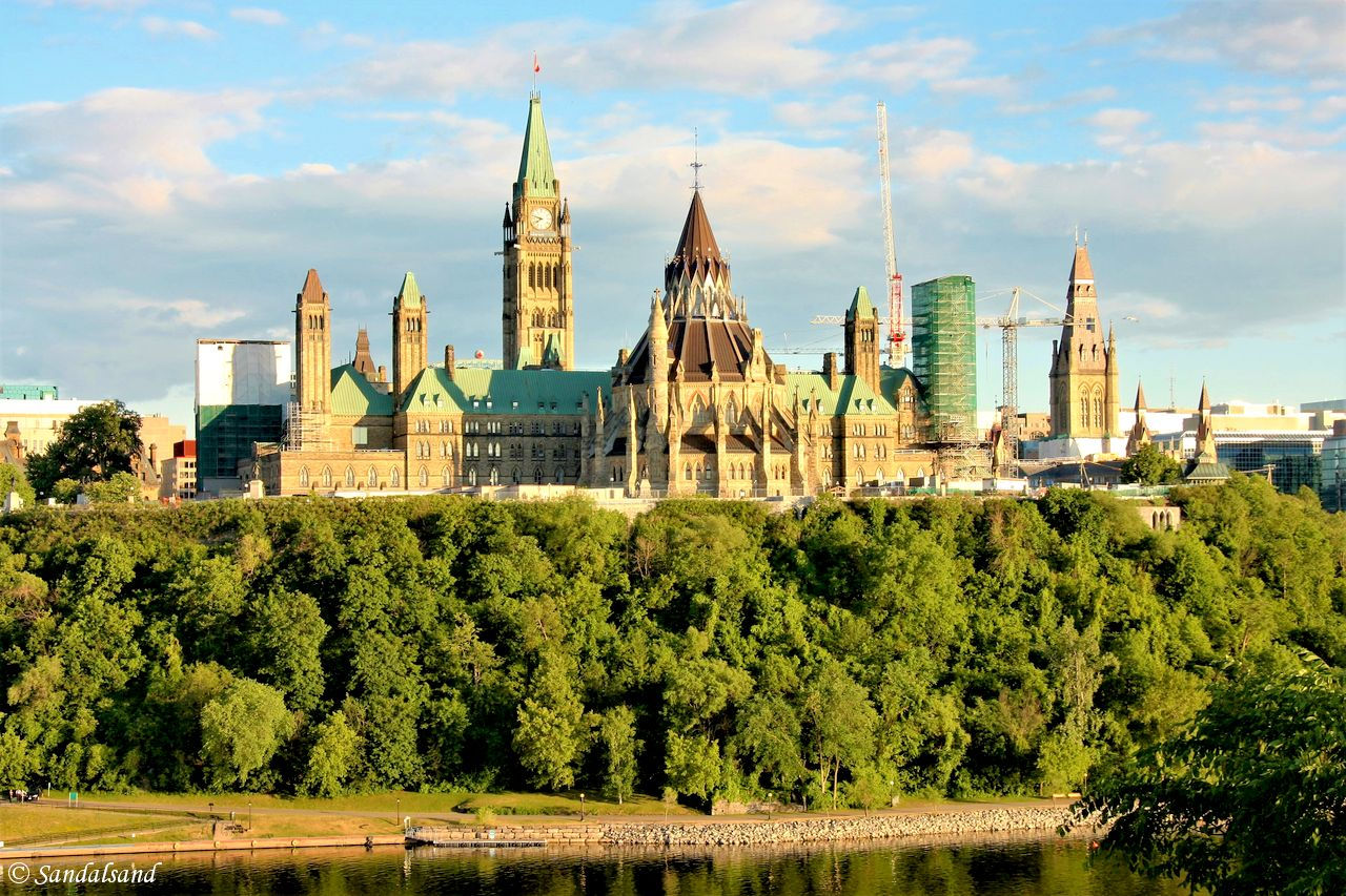 Canada - Ottawa - Nepean Point - View of Parliament Hill, Ottawa River