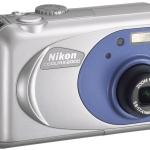 Media equipment - Nikon Coolpix 2000
