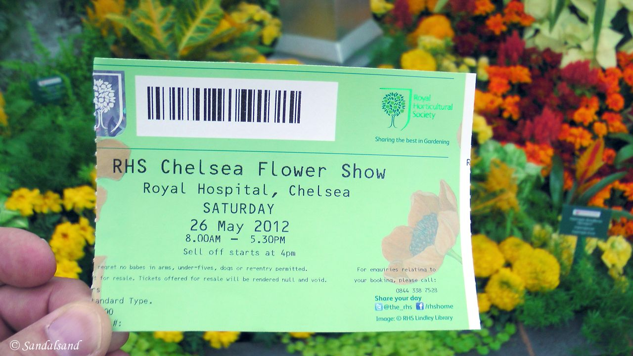 Combining The Chelsea Flower Show with evensong at Westminster Abbey