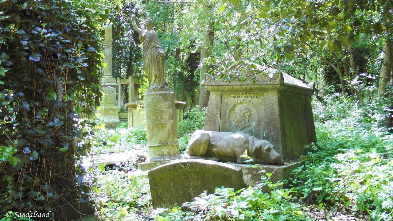 VIDEO – England – Highgate Cemetery in London