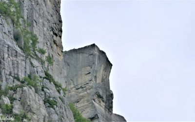 This Week in Nature: 8 Dramatic Cliffs