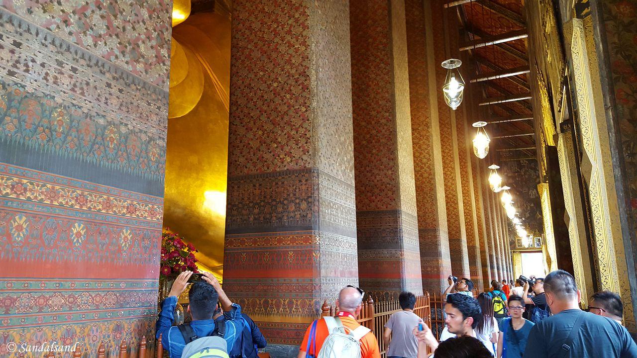 The lovely sound of Wat Pho's bronze bowls, Bangkok