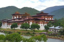 Bhutan 2015 (2) The Dochula Pass and Punakha Valley